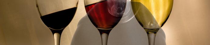 alcoholslot in wijnglazen